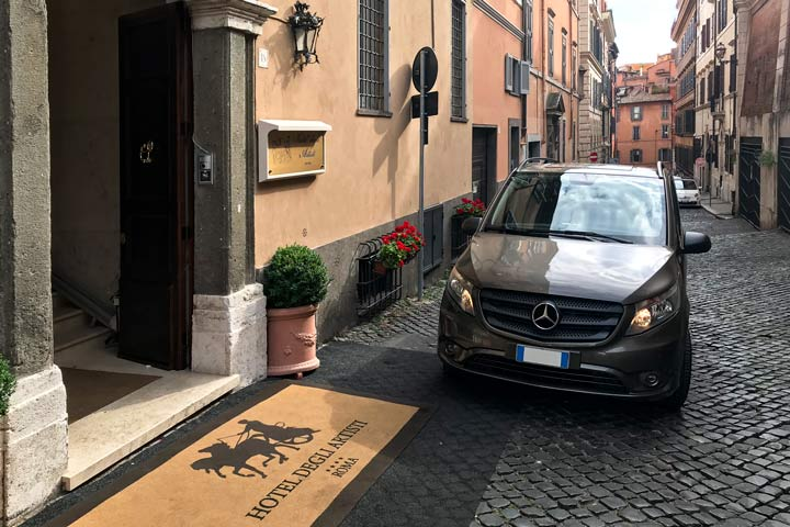 Private Transfer from/to hotels
